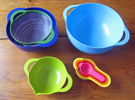 w_MOMA_un_nested_bowls
