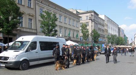 k1_police_dogs
