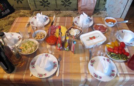 table ready at Ella and Mikola