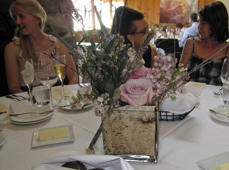 srw_table_flowers